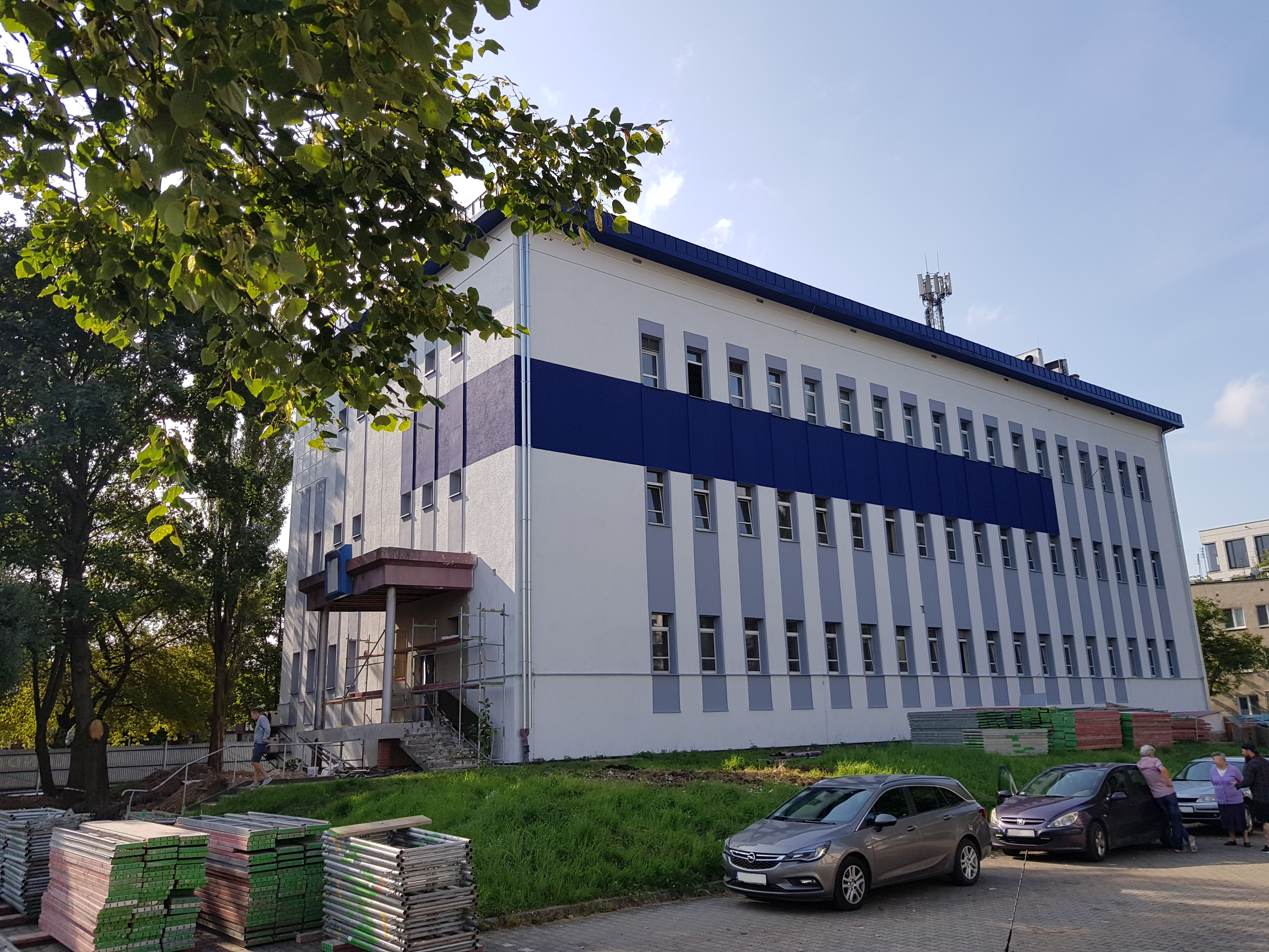new bilingual high school in krakow